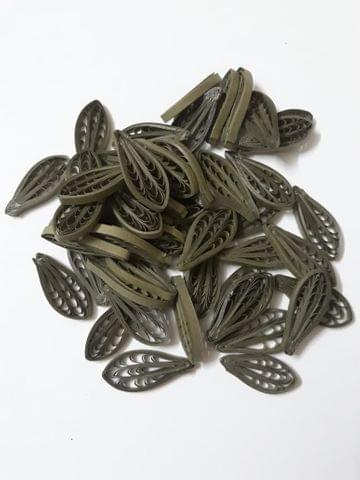 Quilled Petals Dark Green Pack of 50 Petals.