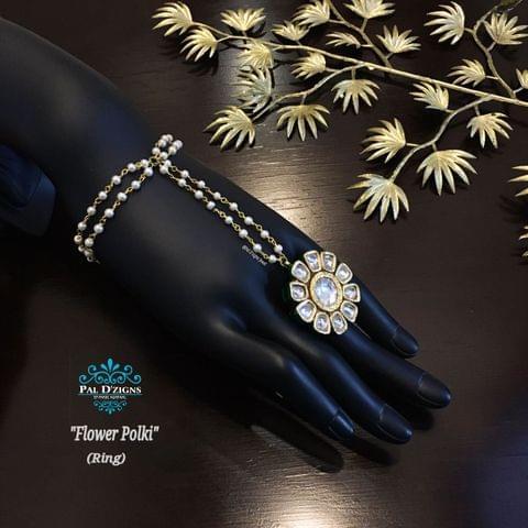 Flower Polki hathful ring