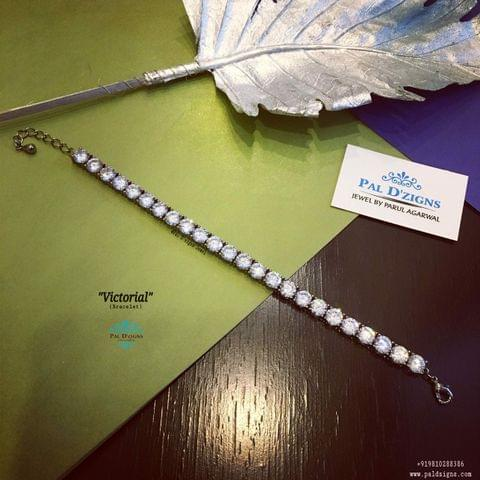 Victorial Bracelet