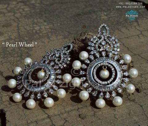 Pearl Wheel Diamond Earing
