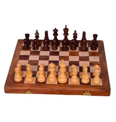 "Purpledip Chess Set with Finely Carved Heavy-set Wooden Pieces and Wooden Board in Large Size ""Royal Splendor (10405)"