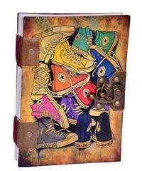 "Purpledip Vintage Journal ""Ready To March"": (10618)"
