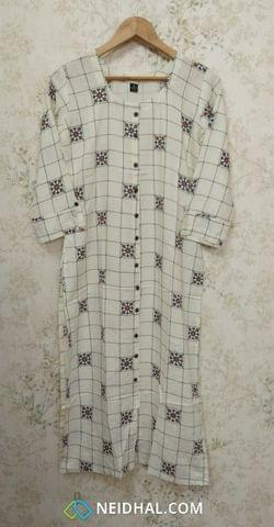 Printed Half White Modal fabric  Kurti with  Front closed placket (Refer Size chart, 2nd pic before ordering, No Refund, No Return, No exchange, No cancellation), Round Neck, Height 45, 3/4 sleeves with flaps, front and side slits.