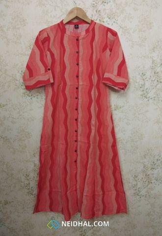 Printed Peach Jute Flex Kurti with front placket(Refer Size chart, 2nd pic before ordering, No Refund, No Return, No exchange, No cancellation), Mandarin Collar, Height 43-44, 3/4 Sleeves with flaps, Princess Cut, front and side slit, one side pocket.