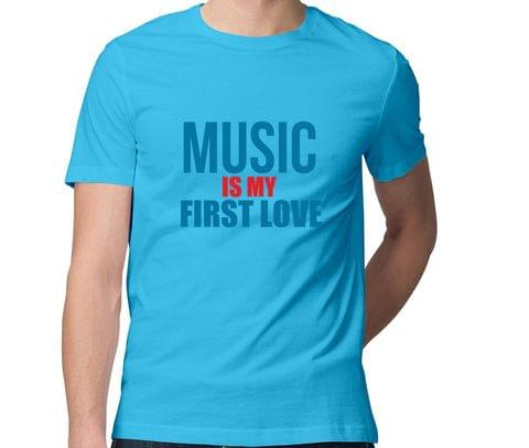 Music is my First Love  Men Round Neck Tshirt