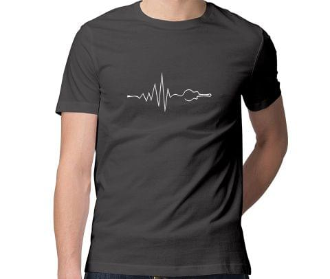 Guitar in my Heart Beats  Men Round Neck Tshirt