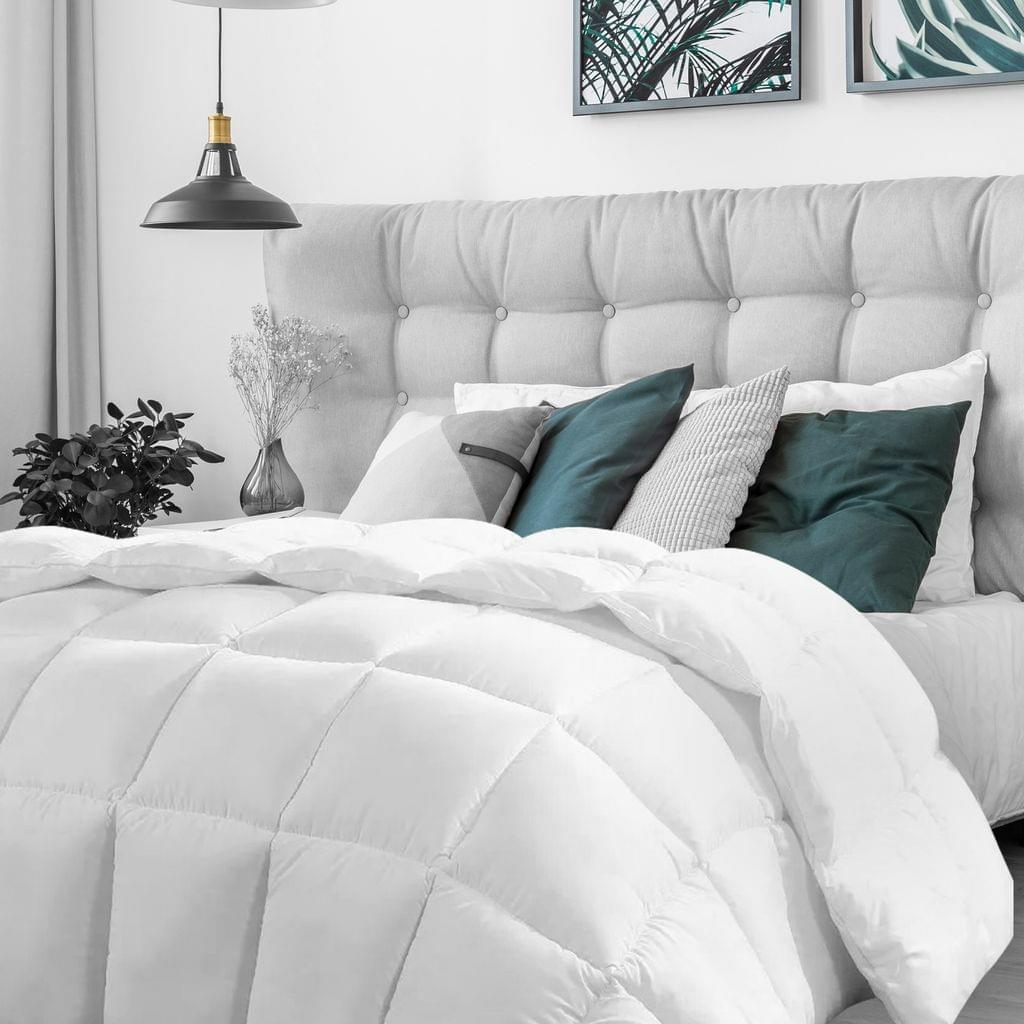 (KING)Casa Decor Silk Touch Quilt 360GSM All Seasons Antibacterial Hypoallergenic - King - White