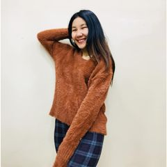 Melange soft woolen long sleeve fur sweater for women