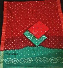 Trayee Bright Red Bandhini Set