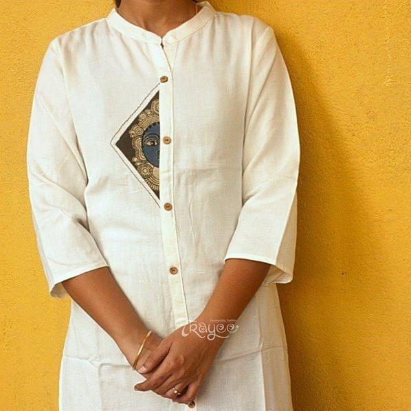 Trayee White Cotton Kurta with Kalamkari Face Print Size XL