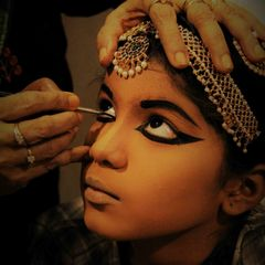 Hire Make-up for Dance Performances
