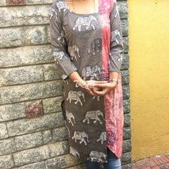 Trayee Brown Cotton Kurta with Vegetable Dye Printed Size M