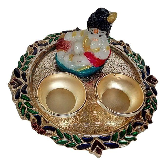 Smile Decors Round Meenakari Haldi Kumkum Plat With Idol