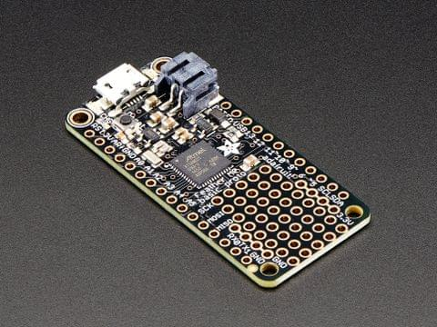 Adafruit Feather M0 Basic Proto - ATSAMD21 Cortex M0