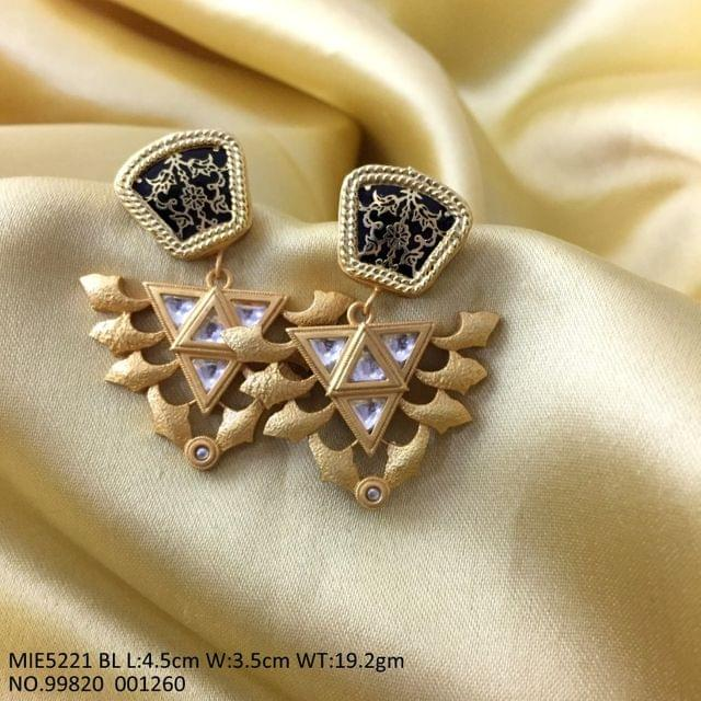 Beautiful Brass+ Gold Plated Earring with Handwork. 1 year warranty