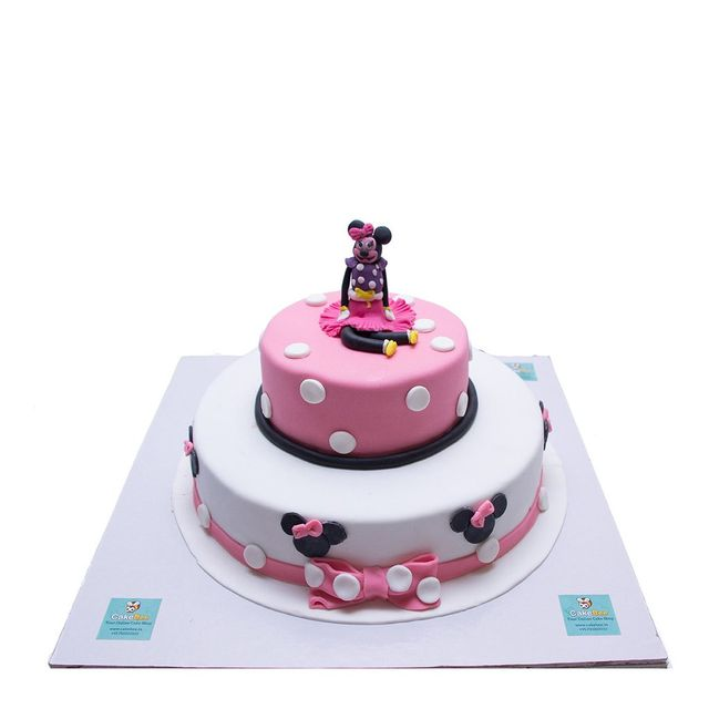 Minnie By Herself Fondant Cake