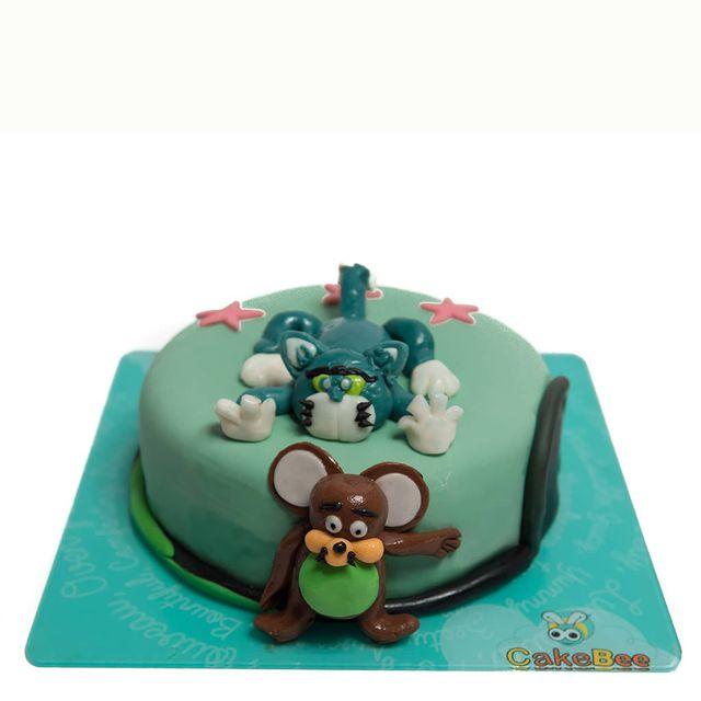 Tom & Jerry Fondant Cake