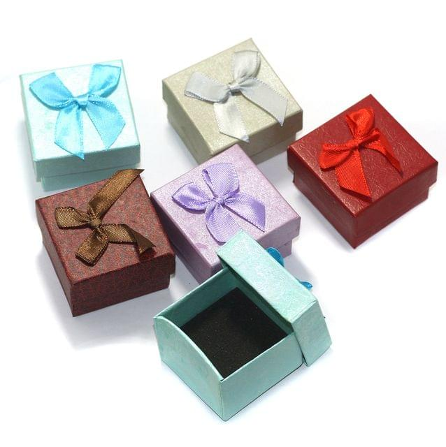 6 Paper Empty Gift Box With Ribbon, Size 5x5x3 Cms