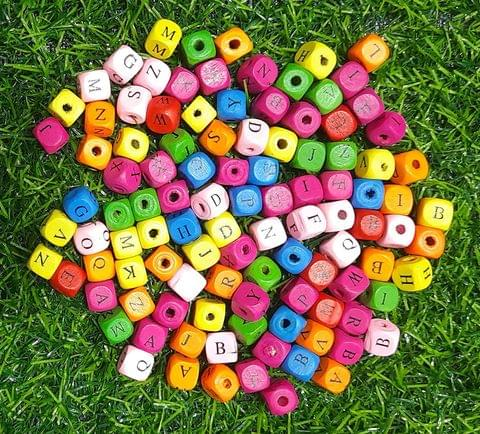 500 Pcs Wooden Alphabet Beads Square Multicolor 10mm