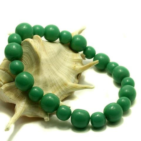 25 Resin Beads Assorted Shapes Green 10-20 mm