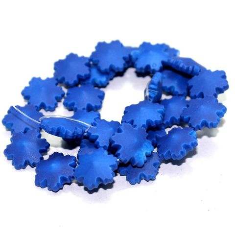 50 Neon Acrylic Flower Beads Violet 15mm