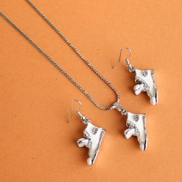 Shoe Charm Necklace Set
