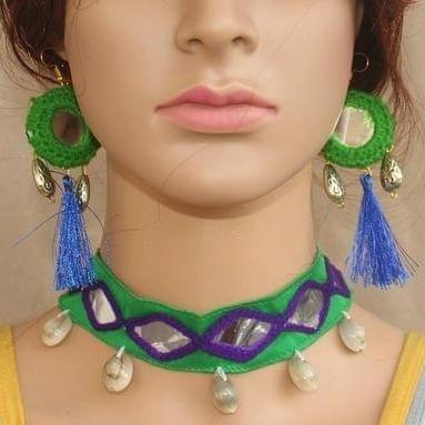 Multicolor Choker and Earrings Set
