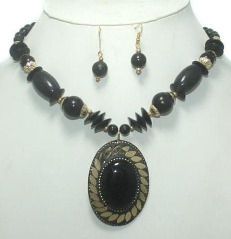 TIbetan Necklace Set Black