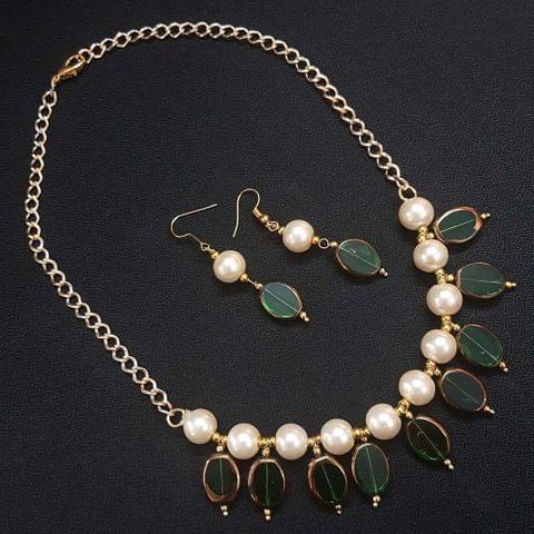 Green Antique Beads With Pearl Necklace Set For Girls / Women