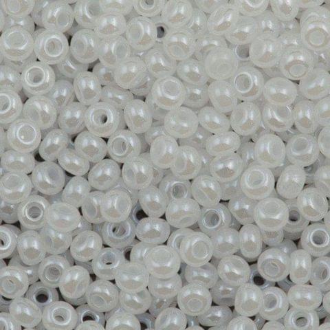 Preciosa Seed Beads Ceylonese White 57102 (6`0)