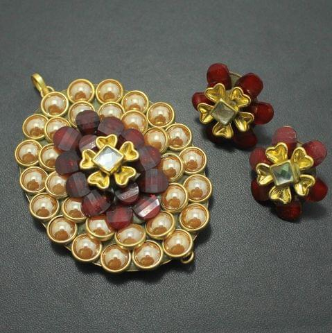 Maroon Takkar Work Pendant and Earring Set 6x4.5cm