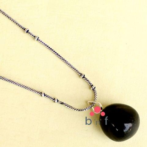 German Silver Chian With Onyx Stone Pendant