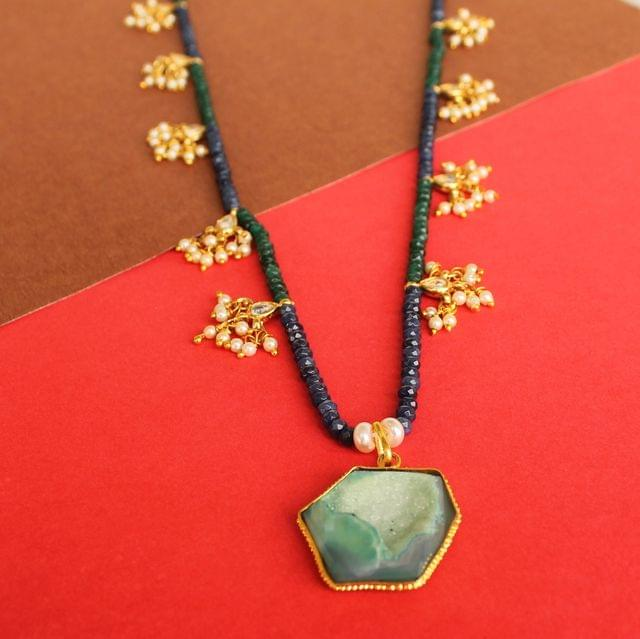 Faceted Green and Blue Onyx Long Necklace with Kundan Beads