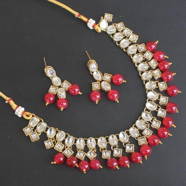 Nuri Kundan Necklace Set