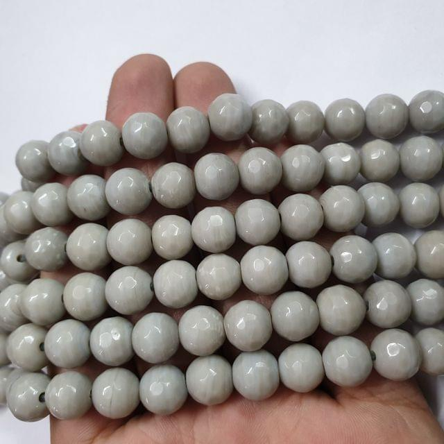 Jade agate faceted light grey strand, 32+ beads, 14-15 inch, 2 lines, 10mm