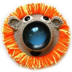 Hand-knitted Wool Camera Lens Animal Decoration Ring Baby Photo Guide Props (Orange Lion)