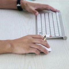 Cigarette Finger Ring Smoker Cigarette Hand Holder for Man Woman Golden
