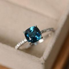 Women Fashion Desgin Luxury Inlaid Stone Square Rings, Ring Size:9(Light Blue)