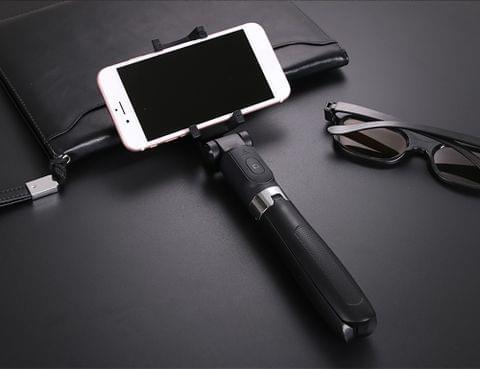 L01 Selfie Stick+Tripod Wireless BT Mobile Phone Selfie Handheld Stick