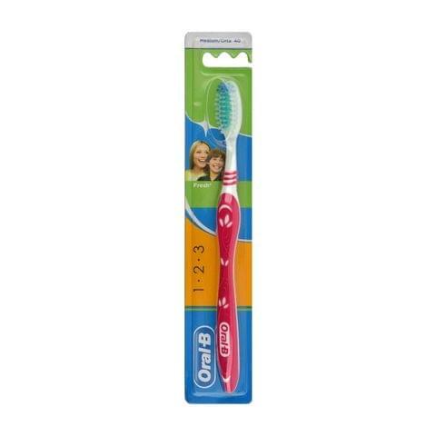 فرشاة أسنان 3 ايفيكت حجم وسط